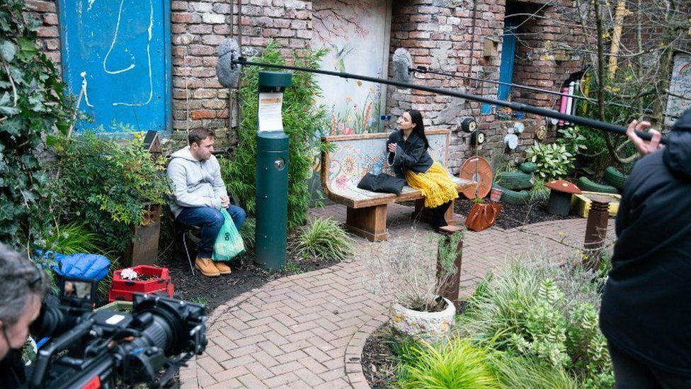 Alan Halsall and Ruxandra Porojnicu keep their distance during filming