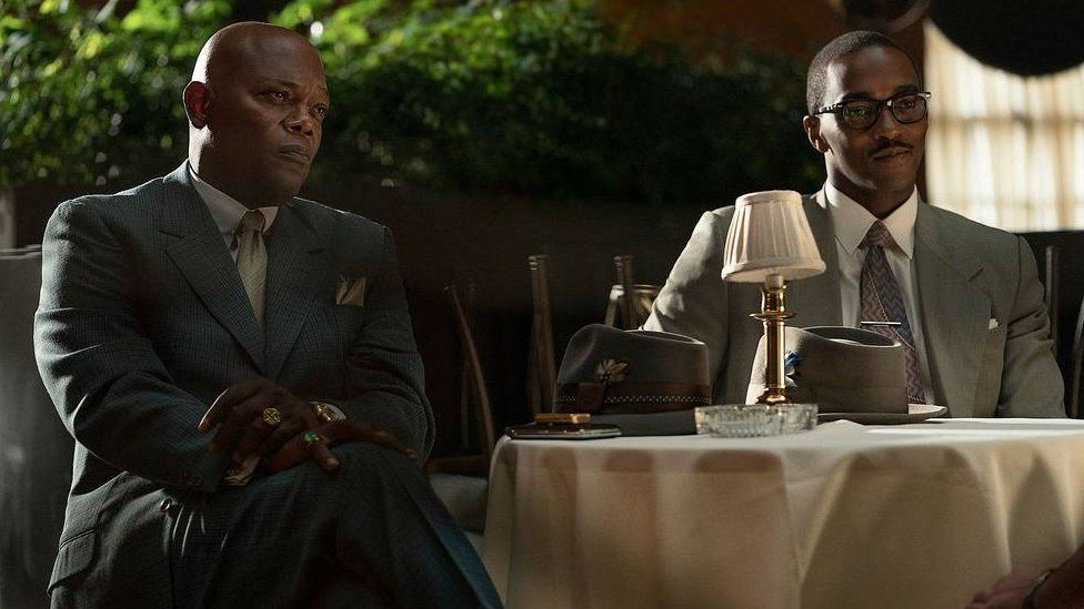 Samuel L Jackson (left) and Anthony Mackie in The Banker