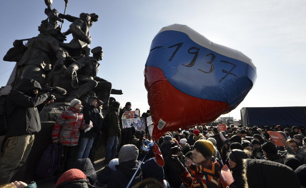 Supporters of Alexei Navalny attend a rally for a boycott of the 18 March presidential election in the far eastern city of Vladivostok, Russia, 28 January 2018