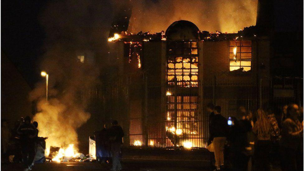 Belfast Falls Road fire