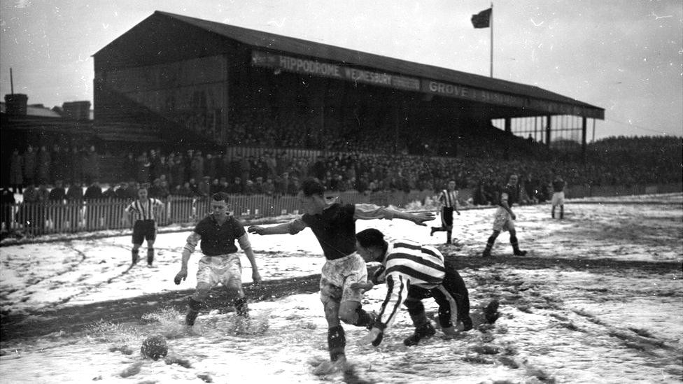 Winter football game in 1937/38 season