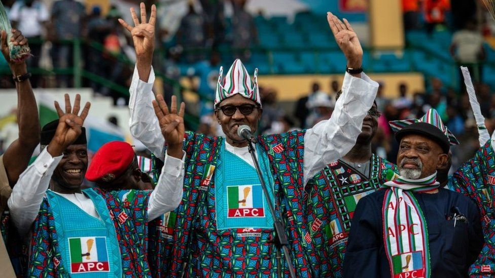 Nigeria's President Muhammadu Buhari and member of the ruling party All Progressive Congress (APC) waves at the crowd of APC supporters upon his arrival for a political campaign rally at the Teslim Balogun Stadium in Lagos on February 9, 2019