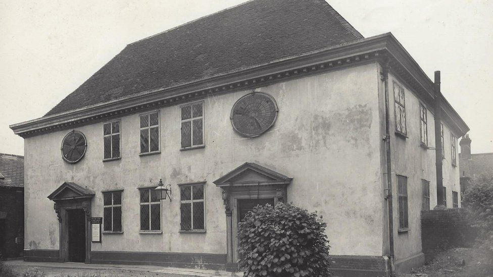 The Ipswich Unitarian Meeting House in the 1940s-1950s