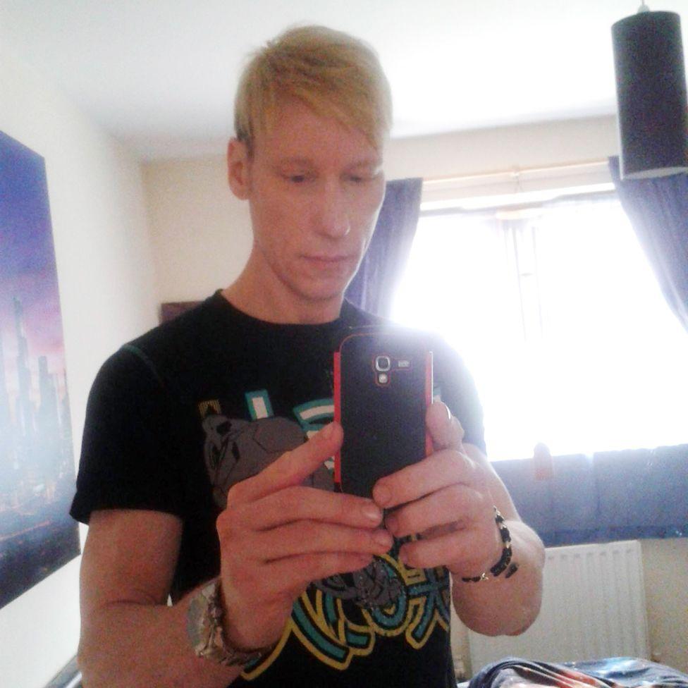 Stephen Port taking a selfie