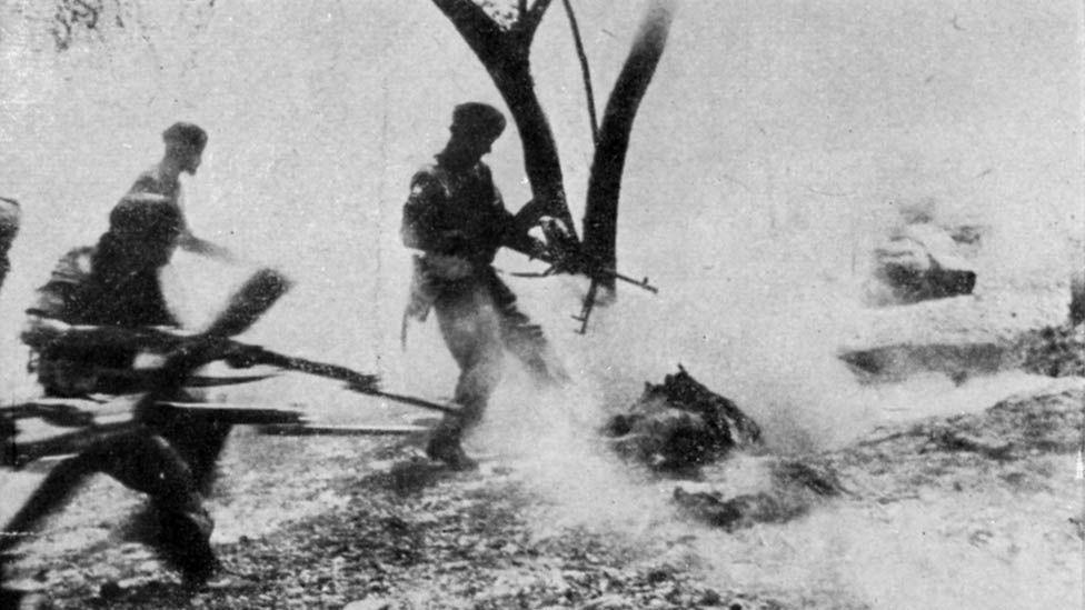 The long echo of WW2 trauma - BBC News