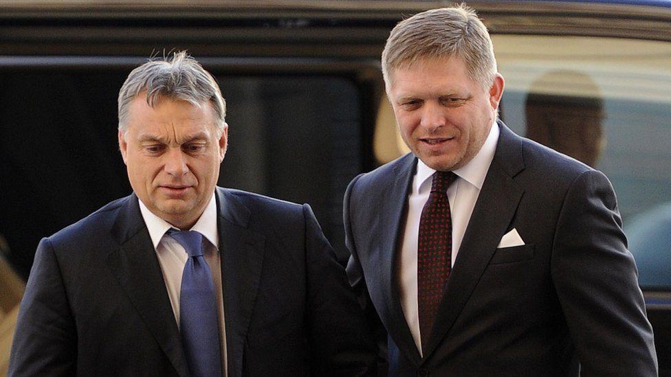 Hungarian Prime Minister Viktor Orban (L) with Slovak Prime Minister Robert Fico - 9 Dec 2014 file pic