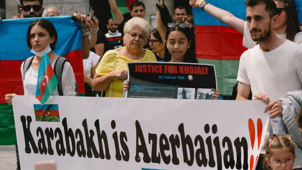 Armenia Azerbaijan What S Behind The Nagorno Karabakh Conflict Bbc News
