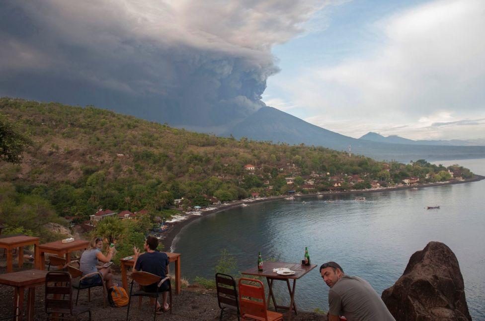 На Бали может начаться принудительная эвакуация [Обновлено]