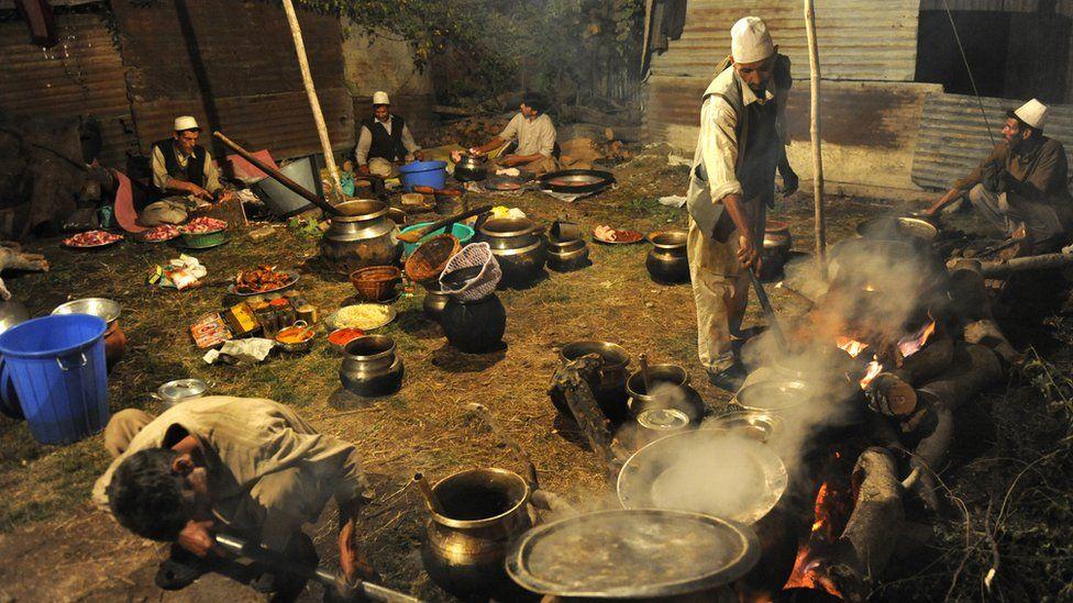 Kashmiri chef prepares mutton dish at a wedding ceremony in downtown Srinagar on September 24, 2010. W