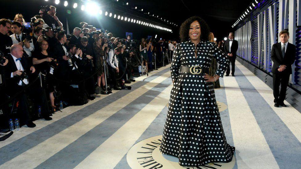 Producer Shonda Rhimes attending the 2019 Vanity Fair Oscar Party