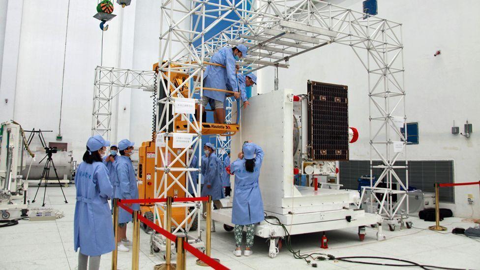 墨子號科學實驗衛星