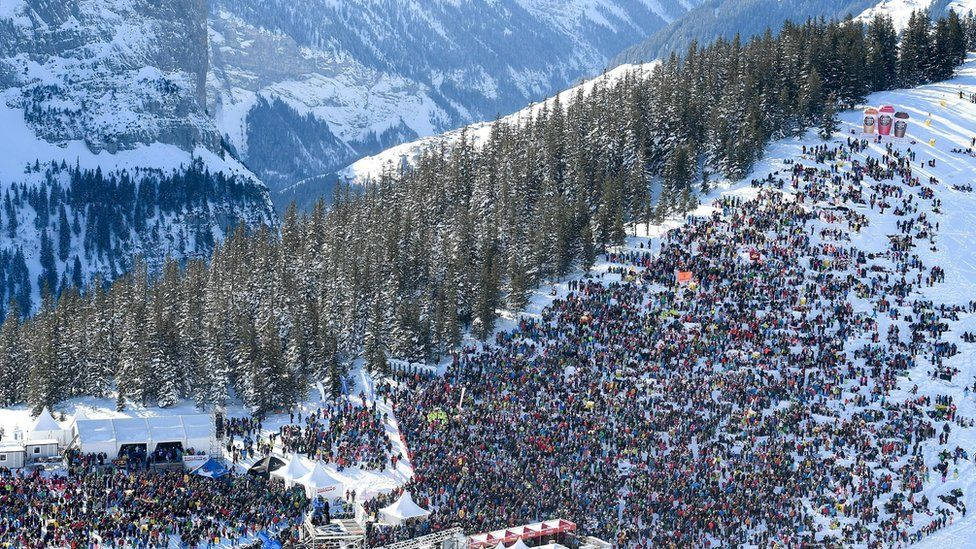 Image shows the Lauberhorn ski race in 2019