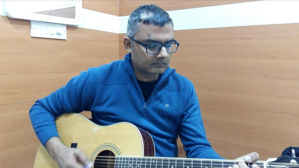 The musician said he was able to play the guitar after the surgery