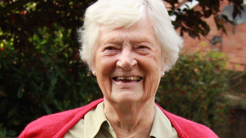 Daphne Guthrie