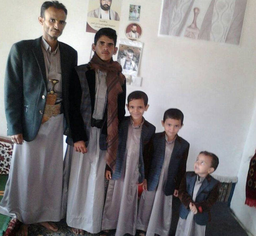 Zaid Tayyib (L) with his sons Youssef, 14, Ahmed, 11, and Ali, 9, and Mohammed, 5