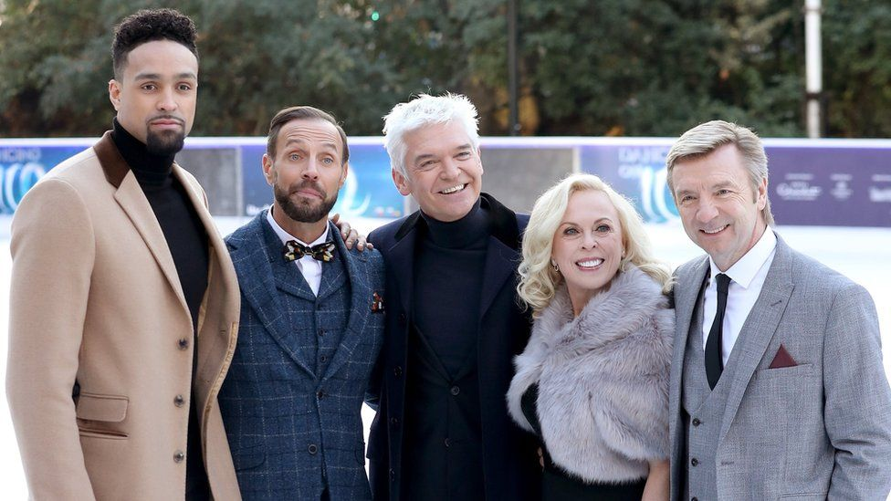 Phillip Schofield poses with judges Ashley Banjo, Jason Gardiner, Jane Torvill and Christopher Dean