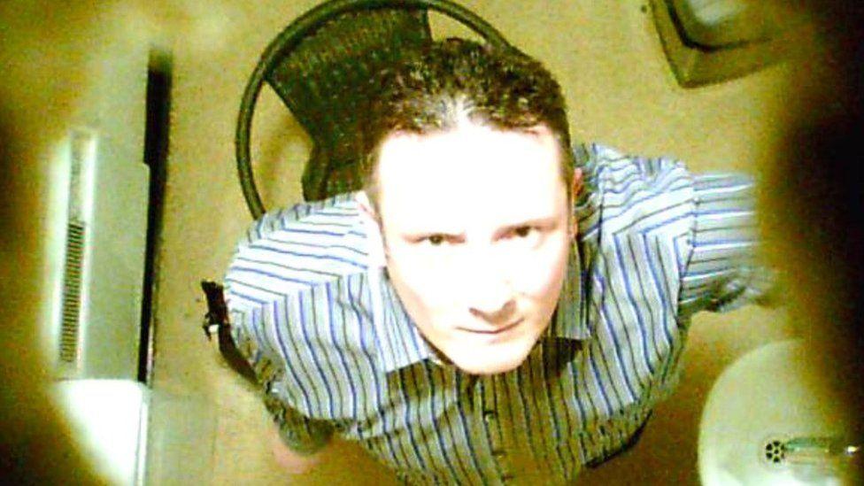 Chelmsford mum finds 'hidden camera' in Costa toilet - BBC News
