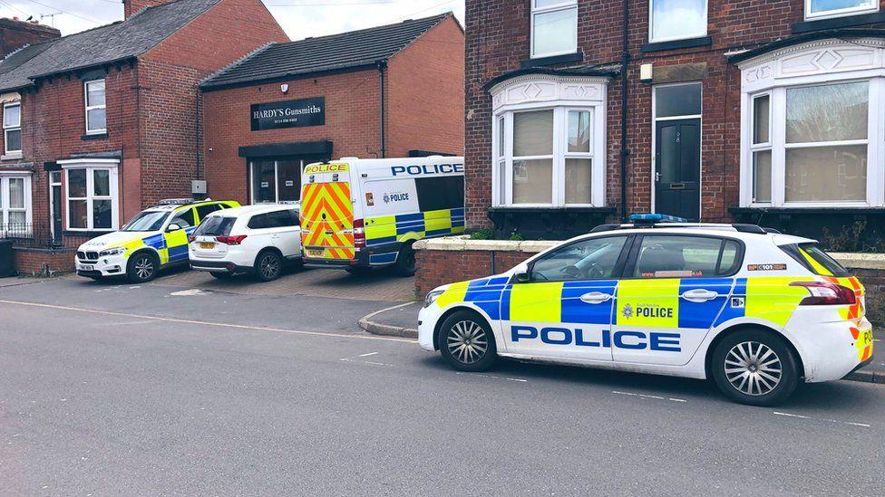 Police outside Hardy's Gunsmiths
