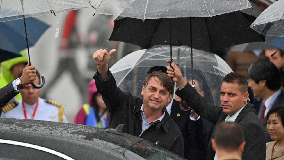 Bolsonaro critica fala de Angela Merkel sobre pauta ambiental do Brasil: 'Temos muito a ensinar à Alemanha'