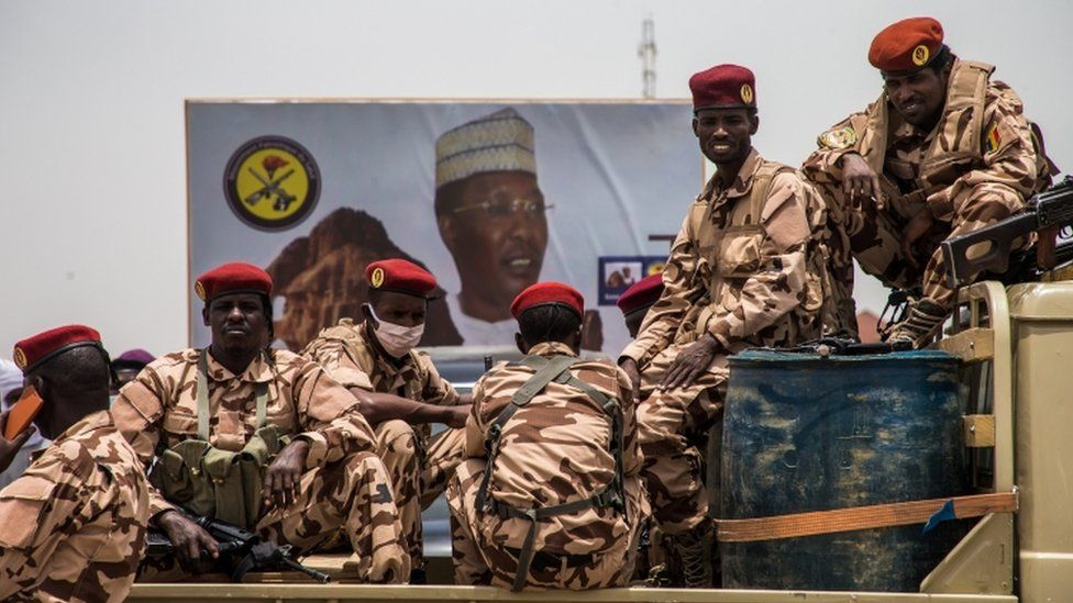 Chad crisis: Army refuses to negotiate with rebel 'outlaws' thumbnail