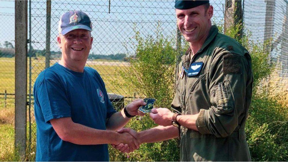 Pilot praises RAF Lakenheath plane spotter for saving his life thumbnail