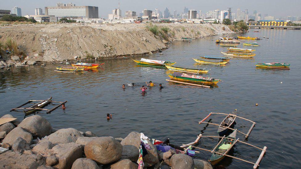 Fishing boats in Manila Bay