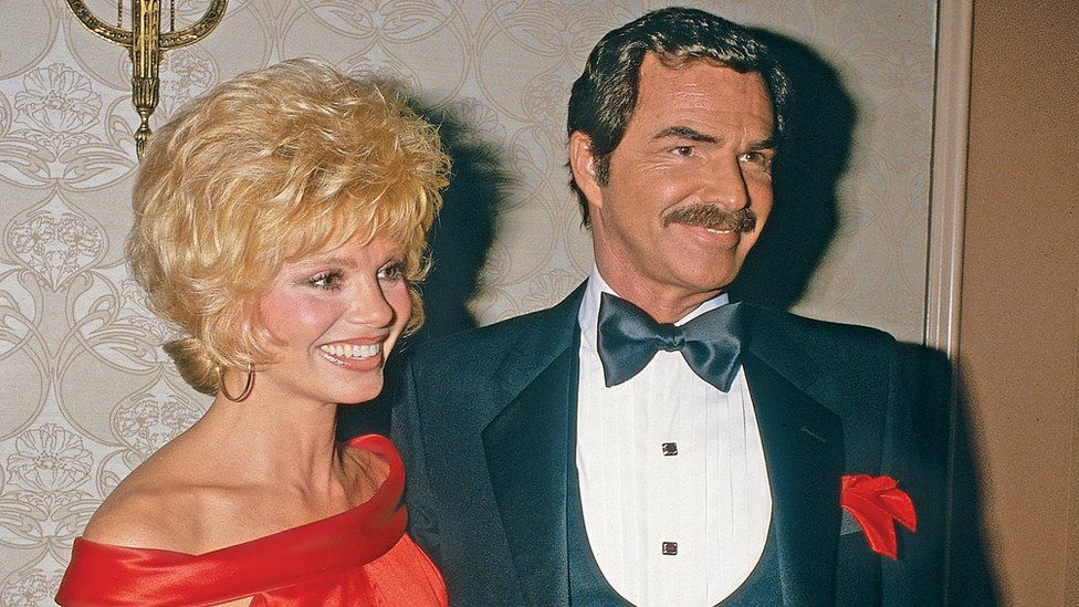 Actress Loni Anderson and actor Burt Reynolds arrive at the Nosotros Golden Eagle Awards