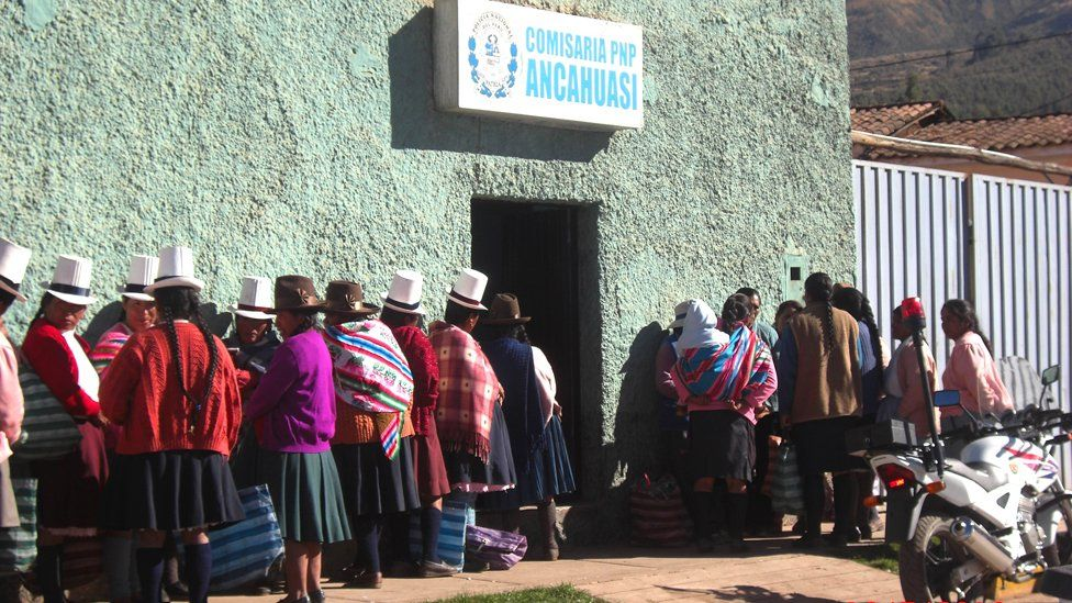 Women queue to give evidence to prosecutors in Cuzco