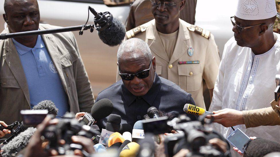 Mali's President Ibrahim Boubacar Keita speaks to journalists at the Radisson hotel in Bamako, Mali, on 21 November