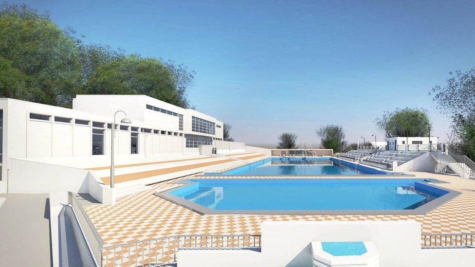 Buffet area to left of pool
