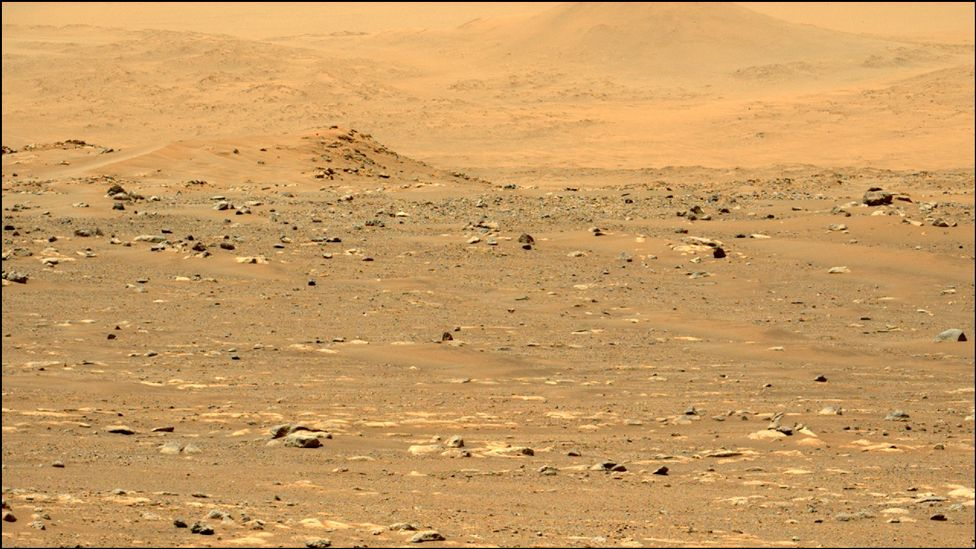 Mars landscape photographed by Nasa's Perseverance rover's left Mastcam-Z camera, on 22 March 2021