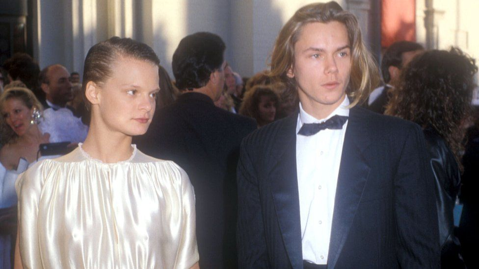 Martha Plimpton and River Phoenix arrive at the 1989 Oscars