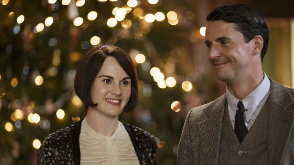Michelle Dockery as Lady Mary and Matthew Goode as Henry Talbot