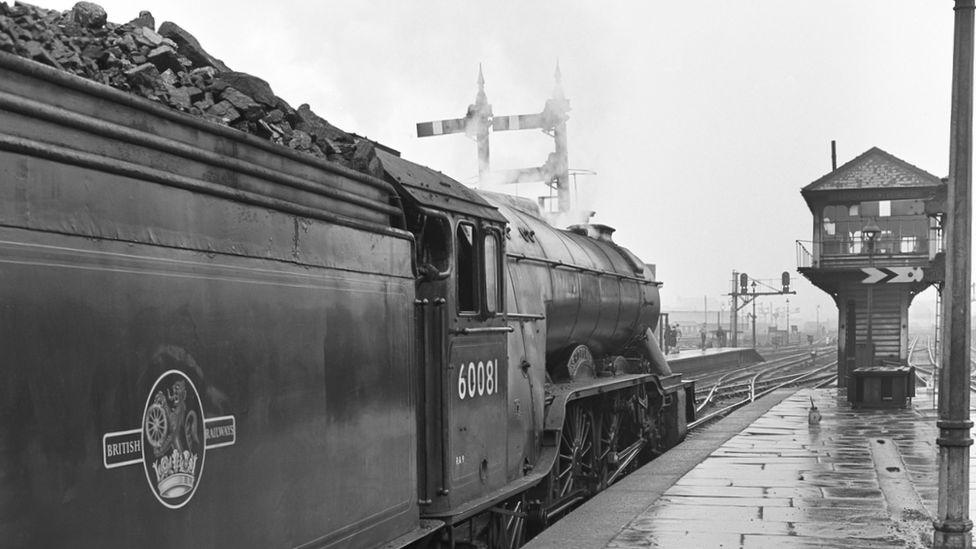 Shotover locomotive at Leeds City station, 1961