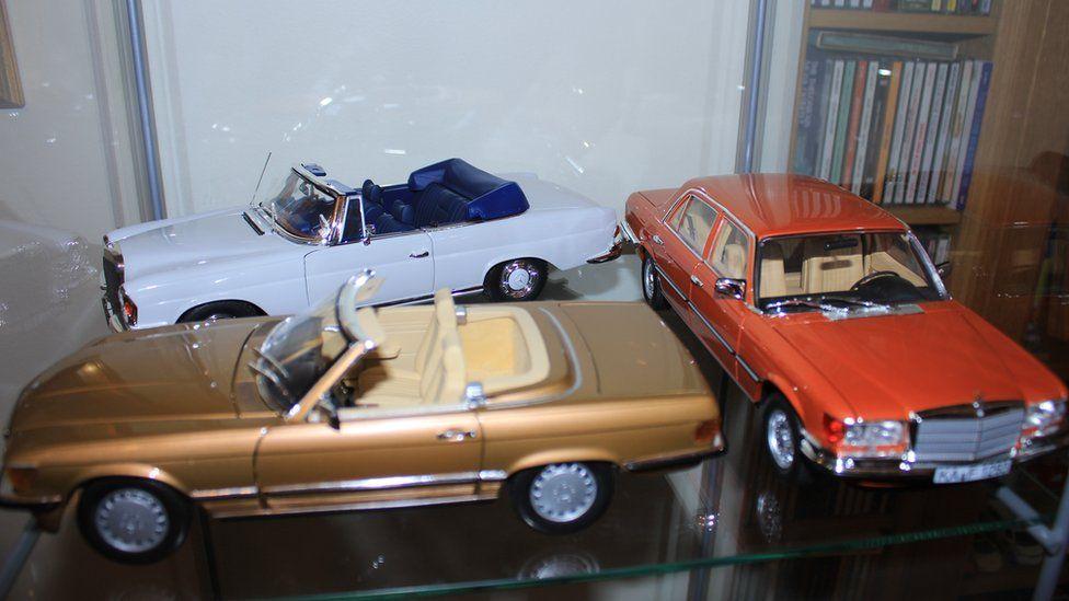 metal model cars