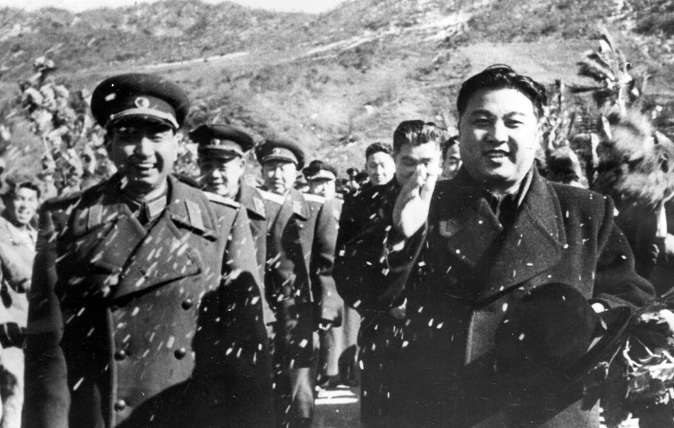 Kim Il-sung in 1958 as Chinese troops leave the country