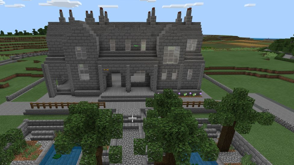 Isle of Cumbrae recreated in video game Minecraft thumbnail