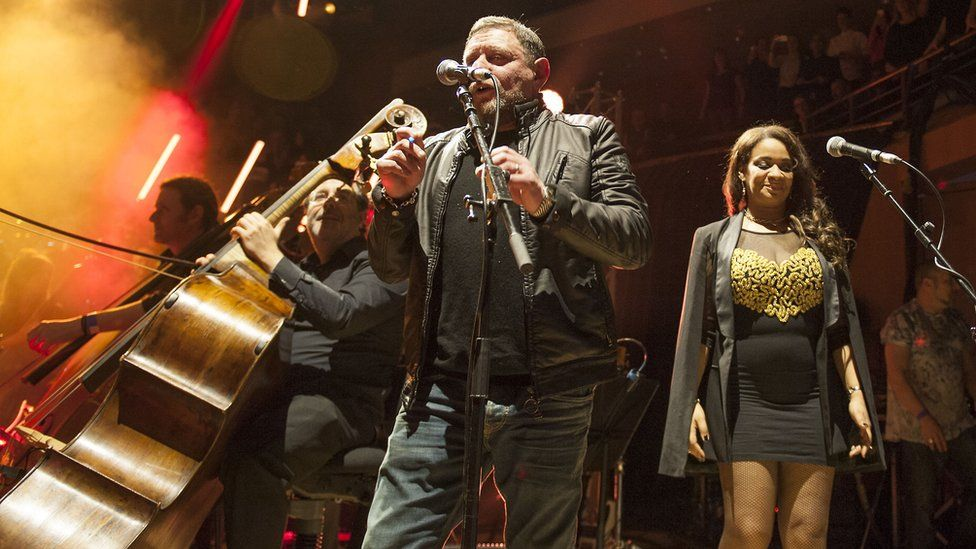 Manchester Camerata with Shaun Ryder and Rowetta