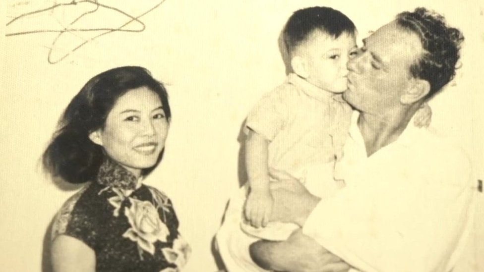 Anthony Wong with his mother and father