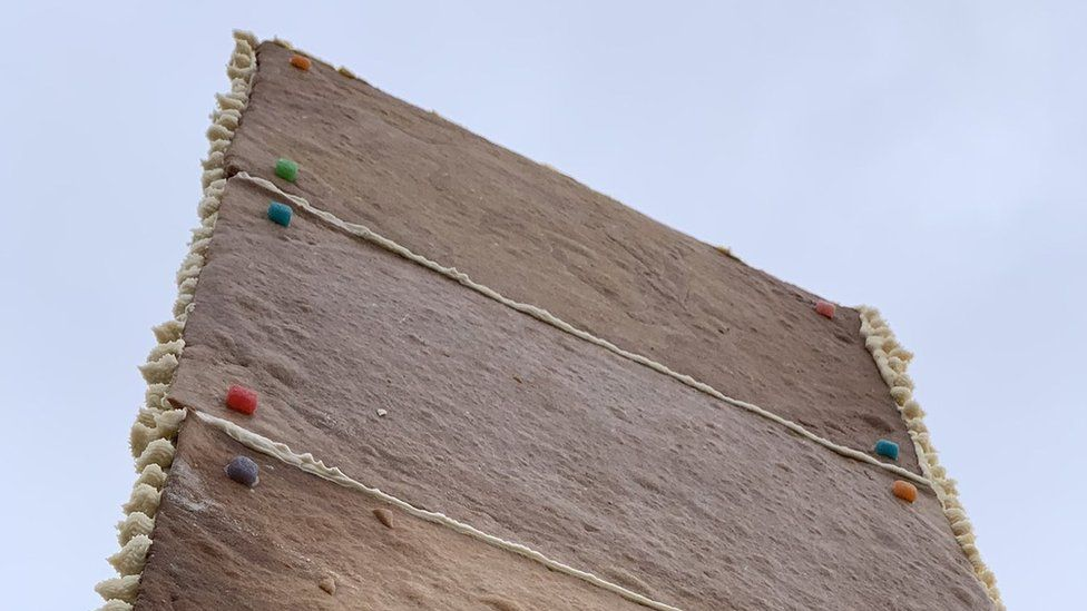 Close-up photo of the gingerbread monolith