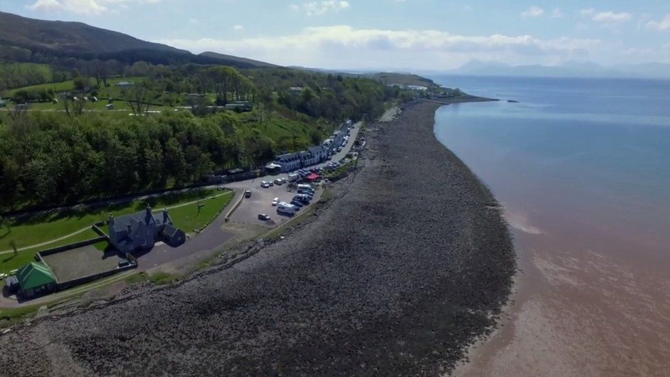 Applecross is the closest Roddy Macrae got to the big city