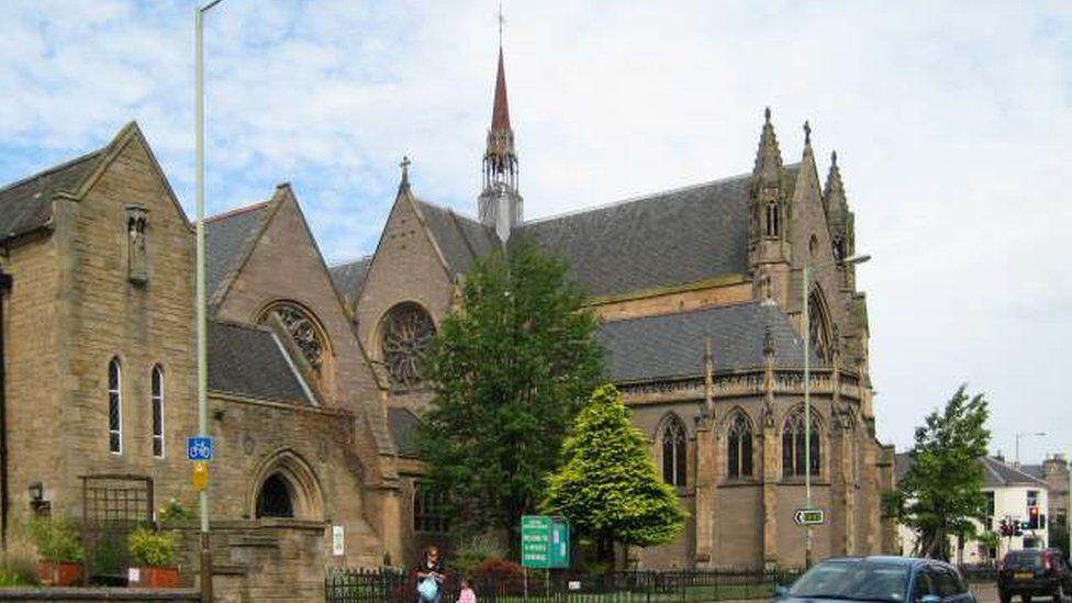 • St Ninian's Cathedral, Perth