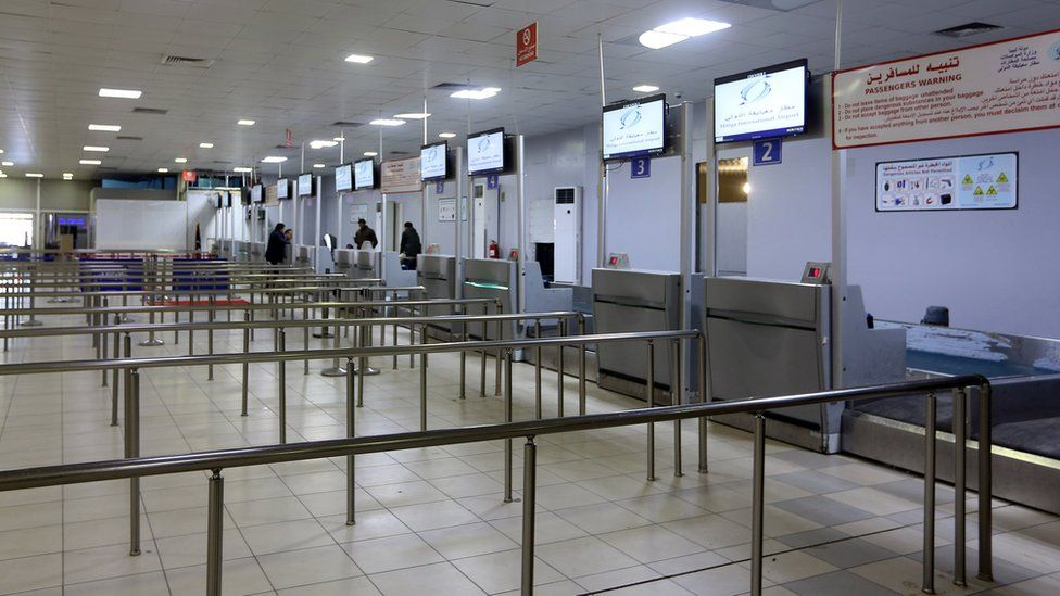 Nouveaux tirs de roquettes dans un aéroport en Libye