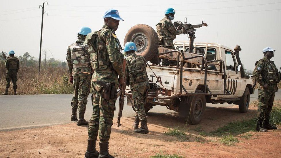Rwandan UN peacekeepers at check-points on the road from Bangui to Damara, on January 23, 2021