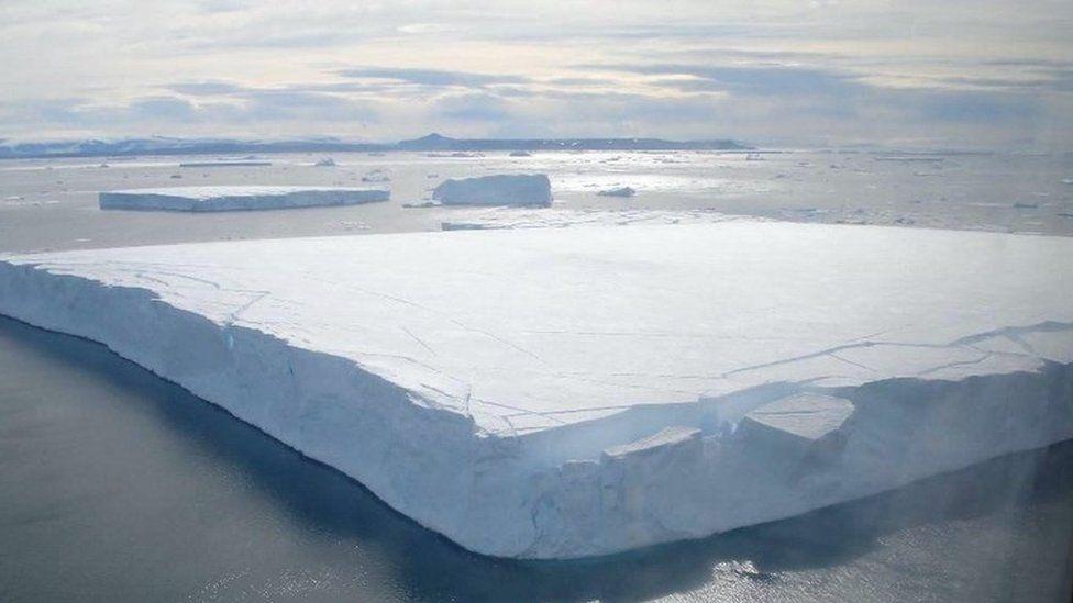 A floating iceberg off the Antarctic peninsula