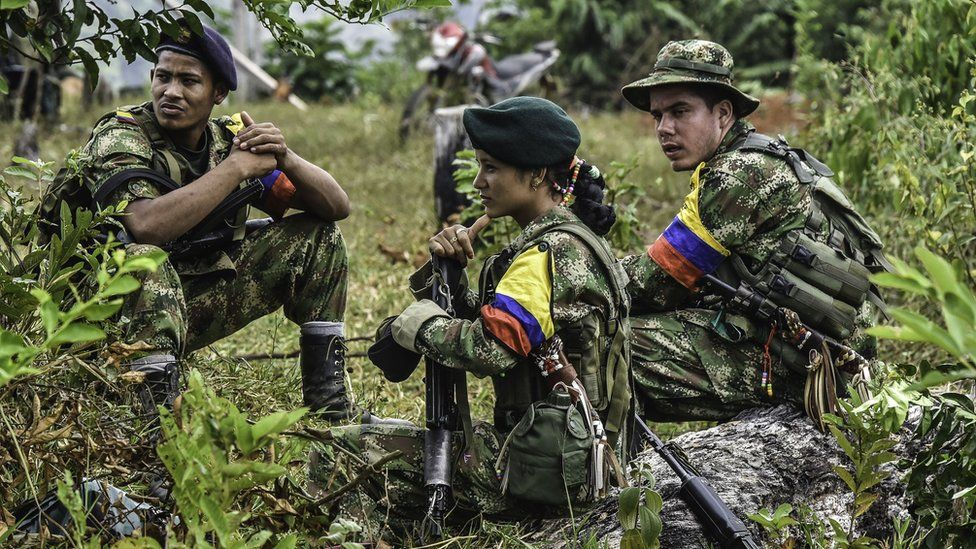 Colombia-Farc peace talks delayed over 'differences' - BBC News