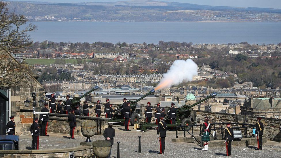 Salute at Edinburgh Castle