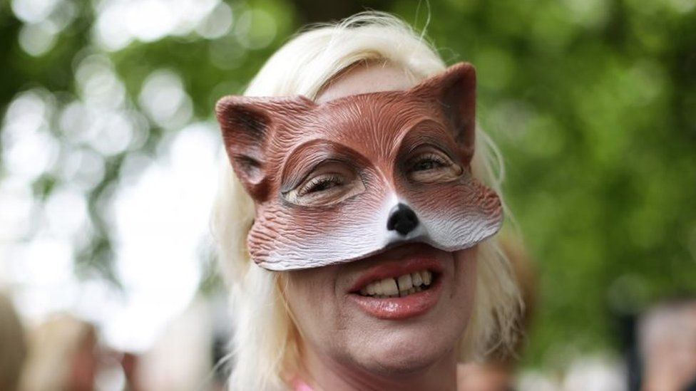 Anti-hunting protesters marched on Downing Street