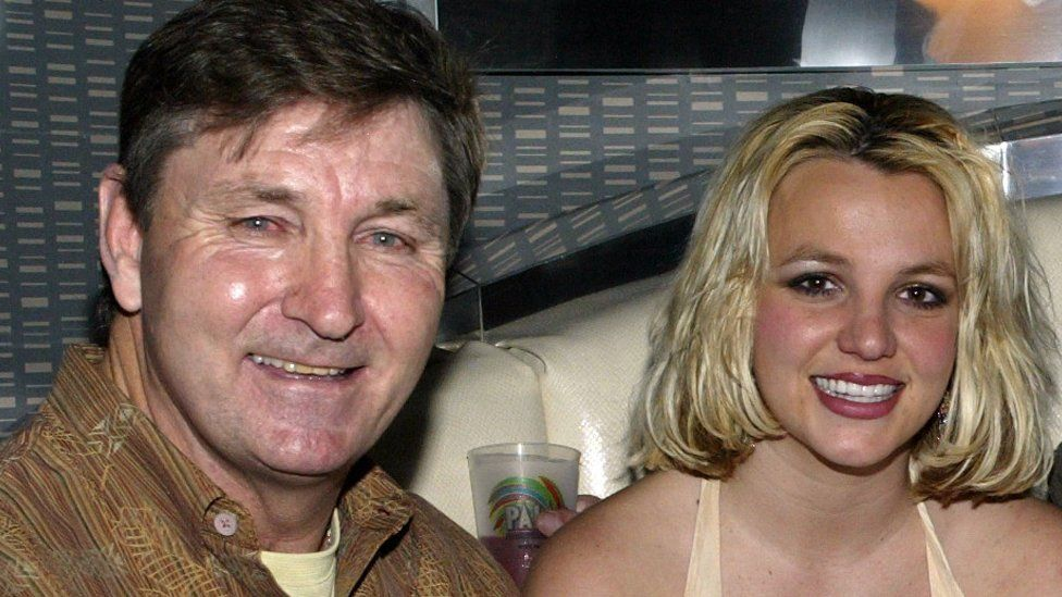 Jamie Spears and his father