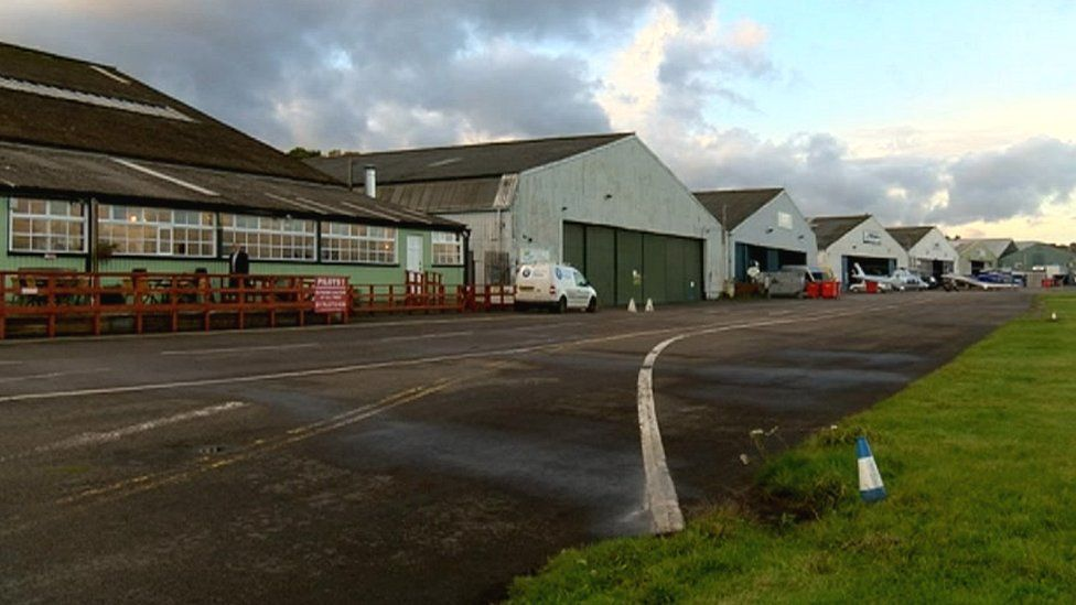 Buildings at Redhill aerodrome